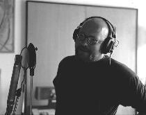 Bonzo u mikrofonu 1.